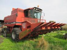 1995 CASE IH 1660 combine-harve