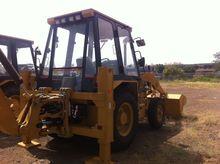 CATERPILLAR 424B backhoe loader