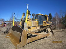 2001 CATERPILLAR D8R bulldozer