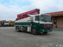 2003 MAN concrete pump