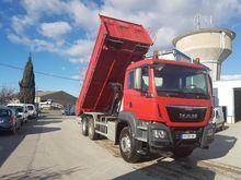2015 MAN TGS 33.400 dump truck