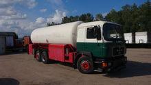 1990 MAN 24.292 gas truck