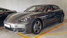2016 Porsche Panamera passenger