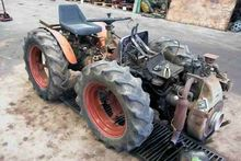 AGRIA 8900 mini tractor for par