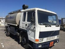 Used 1988 VOLVO FL7