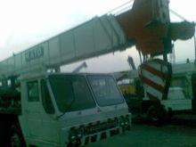 2011 KATO NK500E mini crane