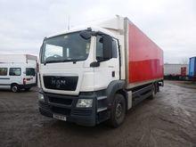 MAN TGS 26.360 closed box truck
