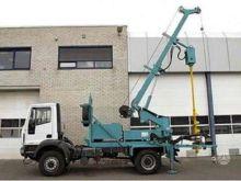 2012 IVECO 140E24 drilling rig