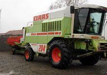 2001 CLAAS Mega 204 combine-har