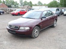 1995 AUDI A4 for parts. Darbo d