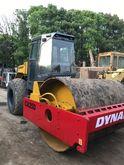 2014 DYNAPAC CA25D road roller