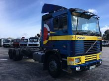 1990 VOLVO F12 chassis truck
