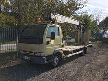 Used 2003 NISSAN Cab
