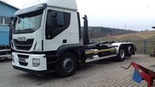 2013 IVECO AT260SY/PS hook lift