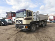 1990 MAN 33.362 dump truck