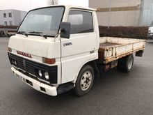1980 TOYOTA Dyna flatbed truck