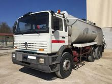 Used RENAULT G300 -