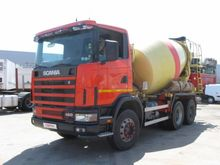 2002 SCANIA R460 concrete mixer
