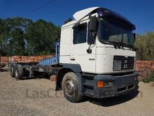 1999 MAN 25.284 chassis truck