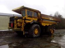 VOLVO 565 haul truck