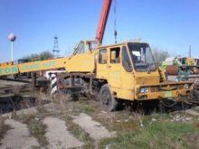 Used 1989 KATO 16T m