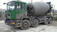 1995 MAN 32 322 concrete mixer