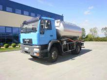 2001 MAN LE 280 E 4X4 milk tank