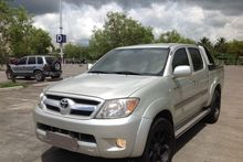 2005 TOYOTA Hilux pick-up