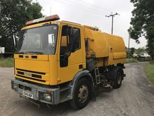 2000 JOHNSTON road sweeper