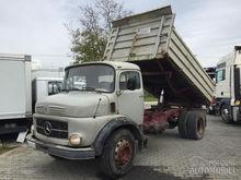 1970 MERCEDES-BENZ 1517 dump tr