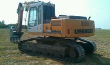 2002 LIEBHERR R900 tracked exca
