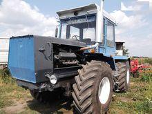 2010 HTZ wheel tractor