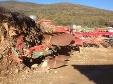 KVERNELAND 16 reversible plough