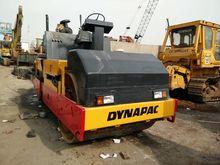 1998 DYNAPAC CC422 road roller