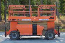 Used 2004 JLG 4394 s