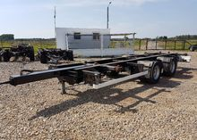 2004 WIELTON chassis trailer