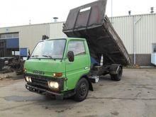 1988 TOYOTA Dyna dump truck