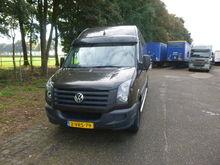 2011 VOLKSWAGEN closed box van