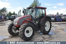 VALTRA wheeled tractor
