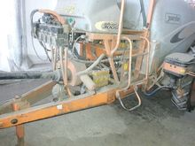 2010 JACTO trailed sprayer