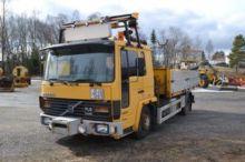 1989 VOLVO FL611 dump truck