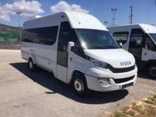 2015 IVECO Daily 60 passenger v
