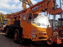 1989 KATO KA300E mobile crane
