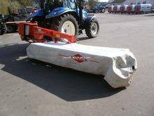 2004 KUHN GMD902 mower
