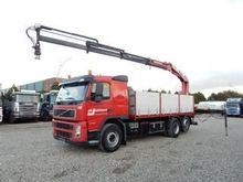 2009 VOLVO FM440 flatbed truck