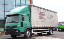 2004 VOLVO FL6-220 tilt truck