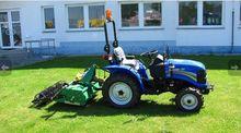 2015 SOLIS 20 wheel tractor