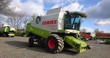 2001 CLAAS LEXION 460 combine-h