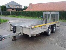2011 Veldhuizen flatbed trailer