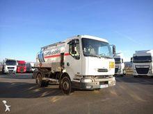 2002 RENAULT 220 tank truck